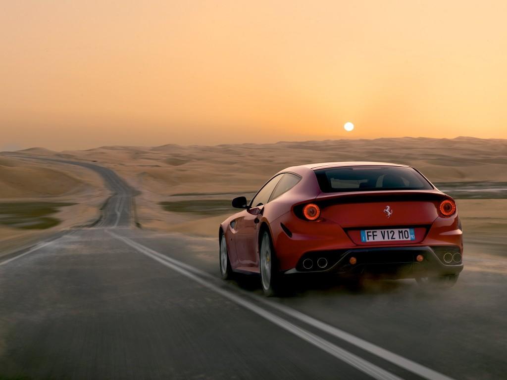 Ferrari FF desert road