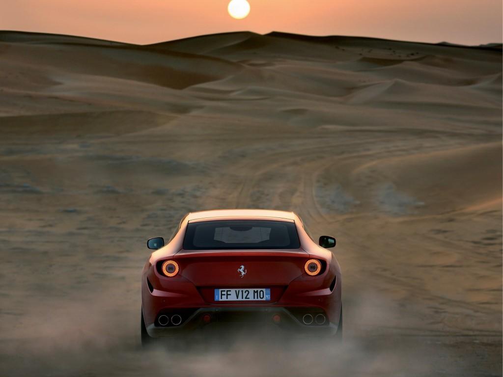 Ferrari FF desert